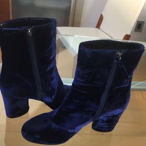 Booties plush velvet